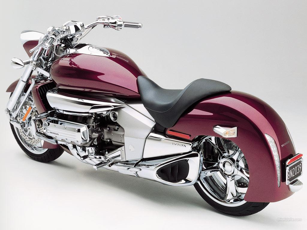 Kawasaki Vulcan VS Honda Valkyrie Rune | Cars And Motorcycles