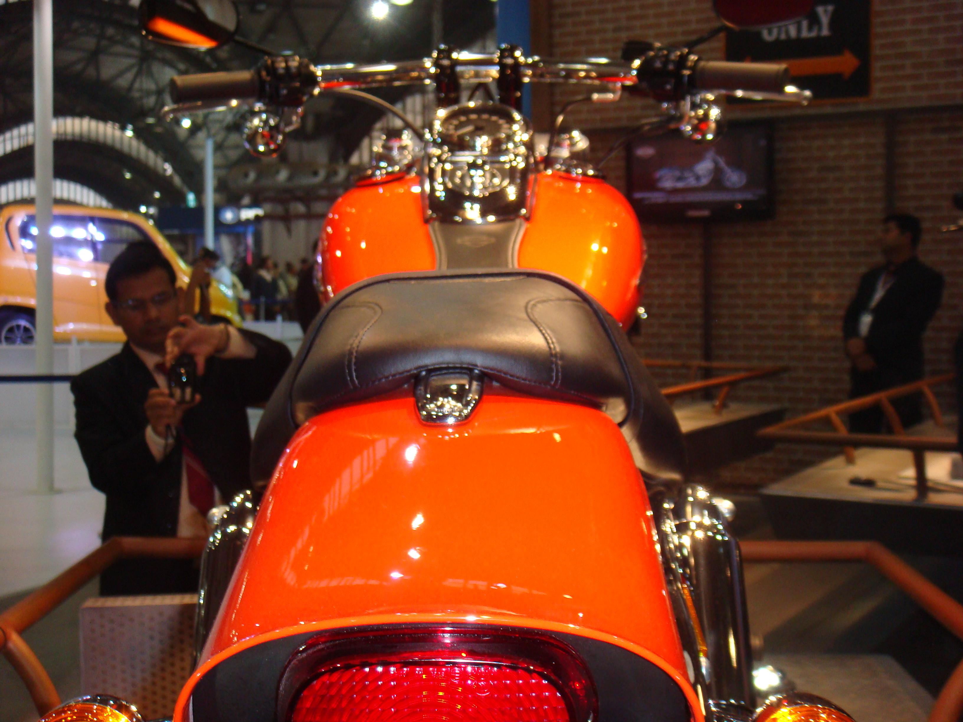 harley davidson  auto expo   delhi cars  motorcycles
