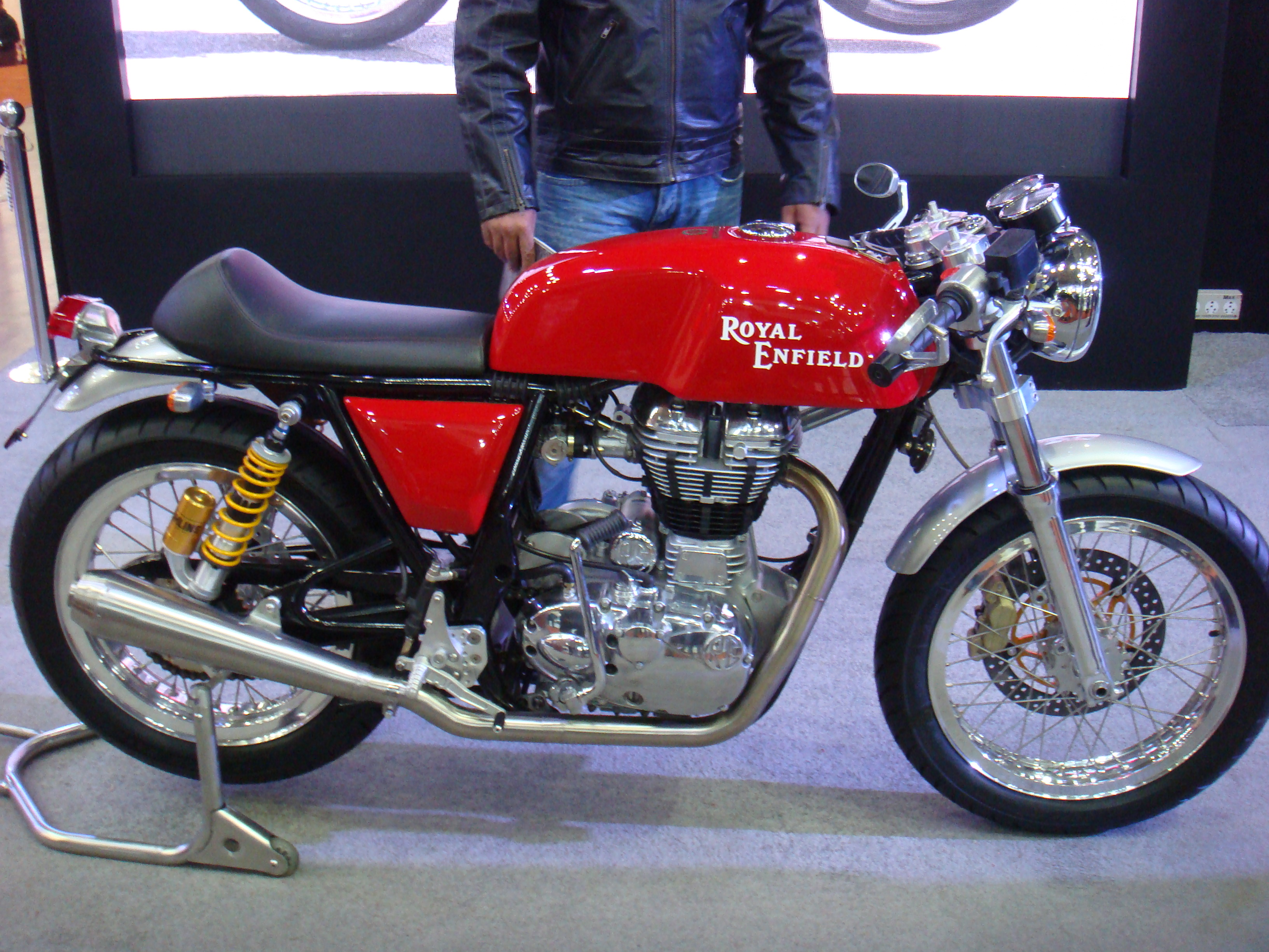royal enfield cafe racer cars and motorcycles. Black Bedroom Furniture Sets. Home Design Ideas