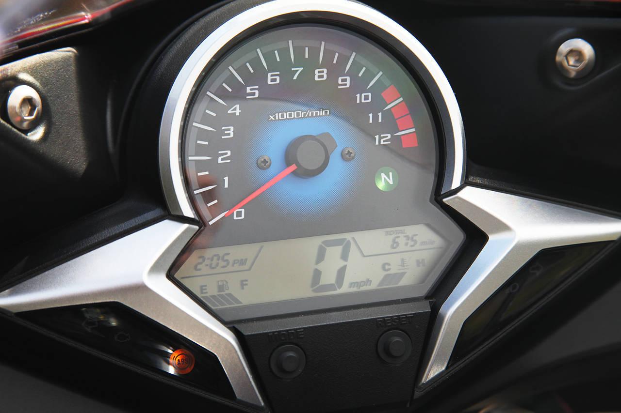 Honda Cbr 250r Vs Kawasaki Ninja 250r Vs Hyosung Gt 250r