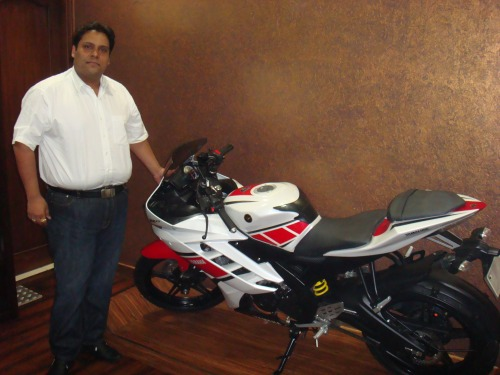 Mr. Puneet Gupta Director Hotwheels Yamaha, Ludhiana With R15 In his office